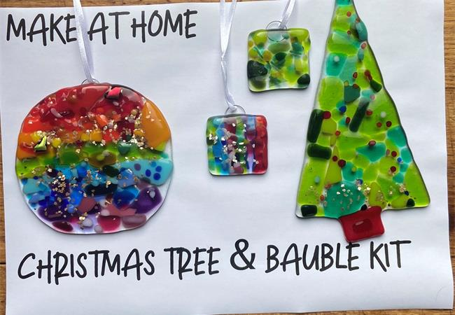 bauble and christmas tree kit