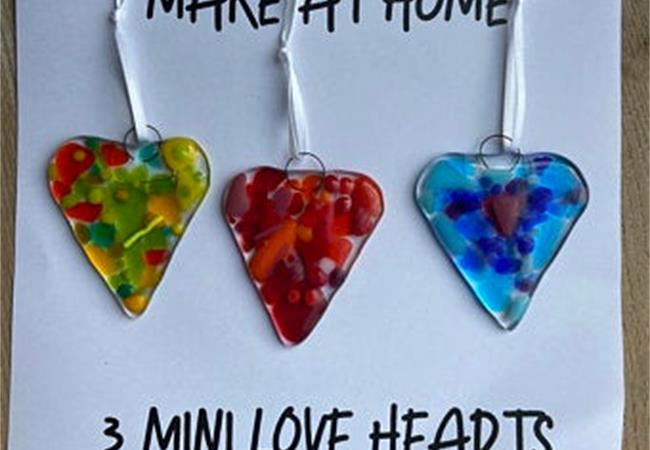 make at home heart glass fusing kit