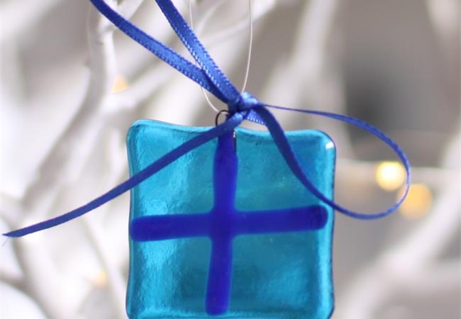 Fused glass hanging pressie present decoration